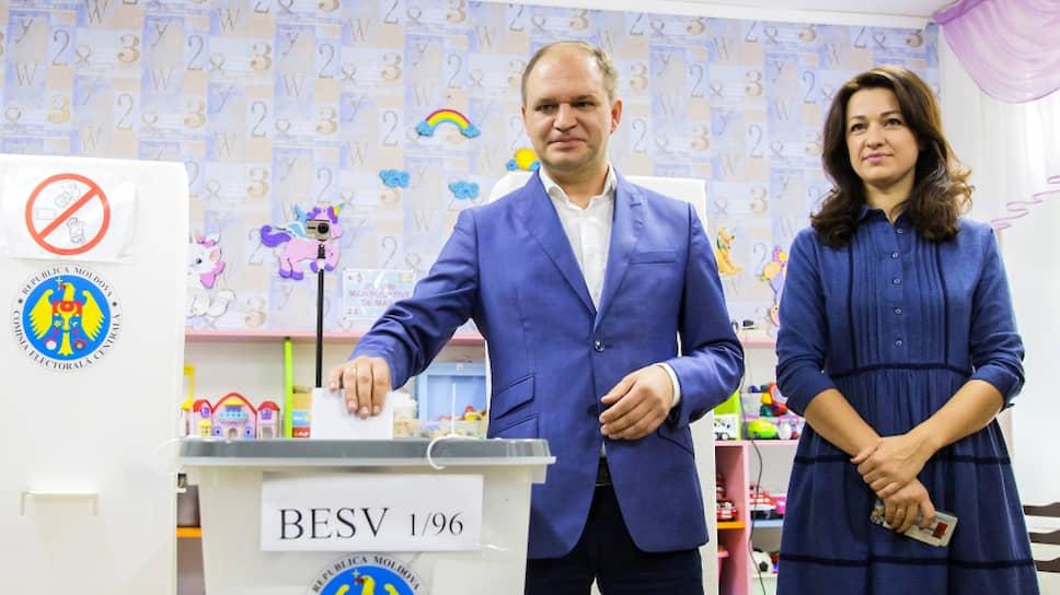 Новы мэр Кишинева Ион Чебан с женой Татьяной