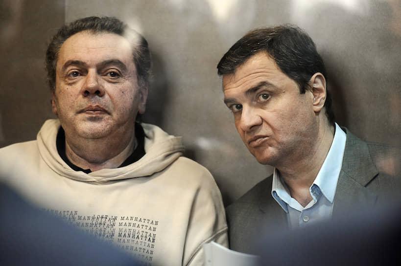 Бывший заместитель министра культуры России Григорий Пирумов (справа) и бывший директор департамента управления имуществом и инвестиционной политики Минкульта Борис Мазо