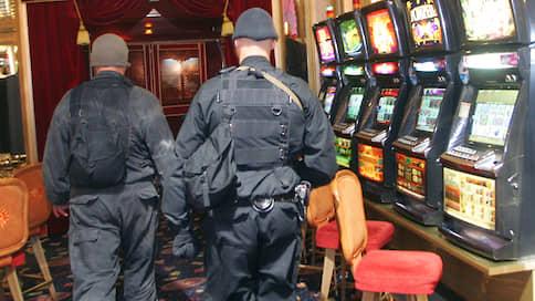 Курскому авторитету кинули кости  / Виктора Панюшина заочно арестовали за организацию азартных игр на Белгородчине