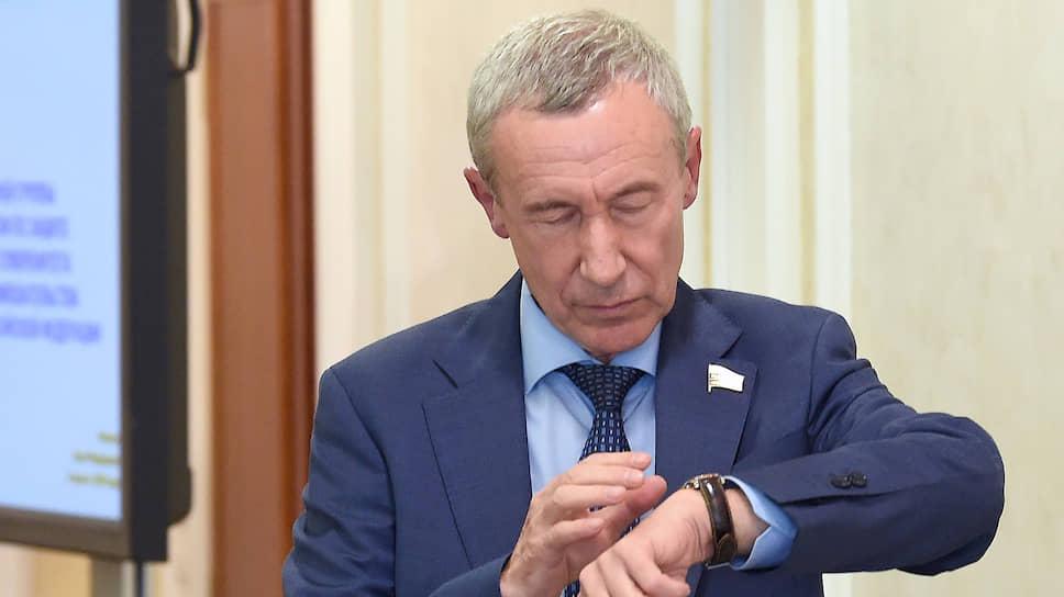 Сенатор Андрей Климов