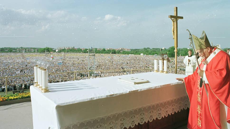 Какова роль Иоанна Павла II в свержении коммунистического режима