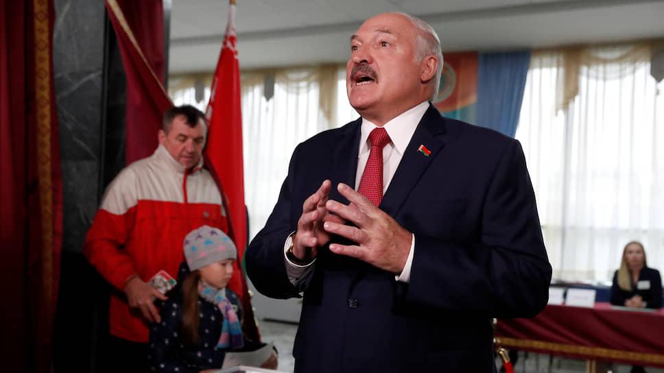 Александр Лукашенко назвал цену братства / Белорусский лидер идет на выборы для защиты от России