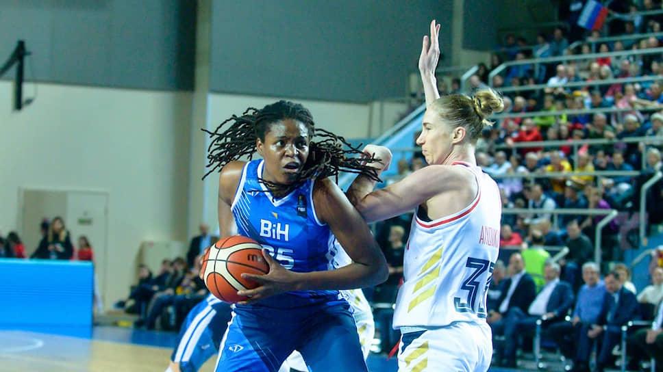 Баскетболистка сборной Боснии и Герцеговины Джонквел Джонс