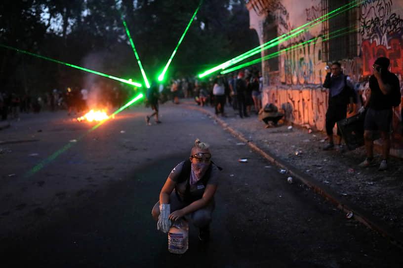 Чили, Сантьяго. Антиправительственные акции протеста