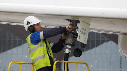 Компенсации за керосин улетели на 2020 год  / Минфин не нашел средств на выплату авиакомпаниям