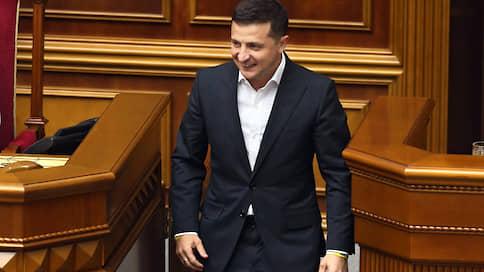 Верховной раде пригрозили роспуском  / Владимир Зеленский недоволен «слугами народа»