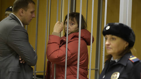 Регулятору алкоголя выписали 72 часа // Обвинение не смогло сразу доказать необходимость ареста Ирины Голосной