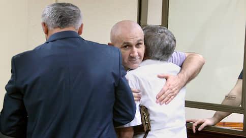 Полковнику компенсировали уголовное дело  / Суд обязал казну выплатить бывшему полицейскому 9,5млн руб.