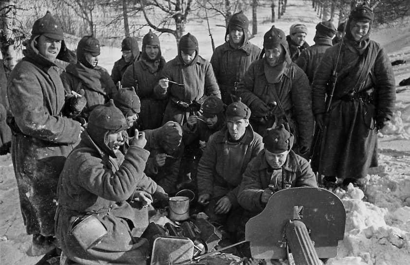 Бойцы передовой линии фронта, 1940 год
