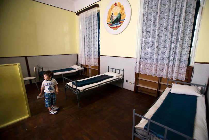 Комната в которой Николае и Елена Чаушеску провели последние 4 дня жизни