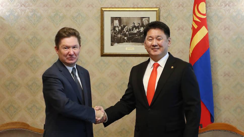 Глава «Газпрома» Алексей Миллер и премьер-министр Монголии Ухнаагийн Хурэлсуха.