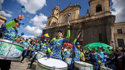 Колумбия устала от политиков