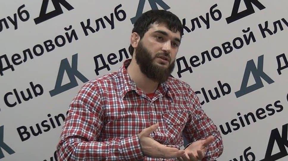 Журналист «Черновика» Абдулмумин Гаджиев
