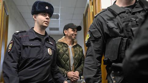 Чиновников охотно берут в дело  / «Петербургская политика» отмечает тенденцию к росту арестов высокопоставленных руководителей