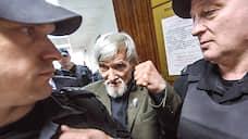 Суд продлил арест Юрия Дмитриева  / Глава карельского «Мемориала» встретит в СИЗО уже третий Новый год