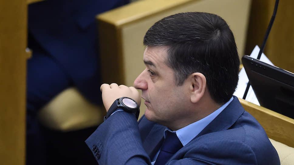 Член комитета Государственной думы по международным делам Адальби Шхагошев