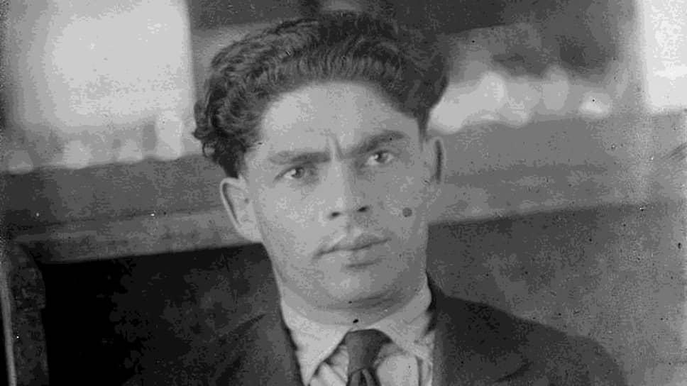 Хайман Перкус был единственным мужчиной на «Красном ковчеге», которого депортировали одновременно со спутницей жизни. Его гражданской женой была Дора Липкина