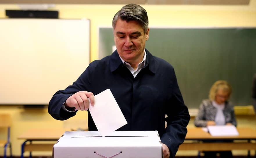 Кандидат в президенты Хорватии, бывший премьер Зоран Миланович