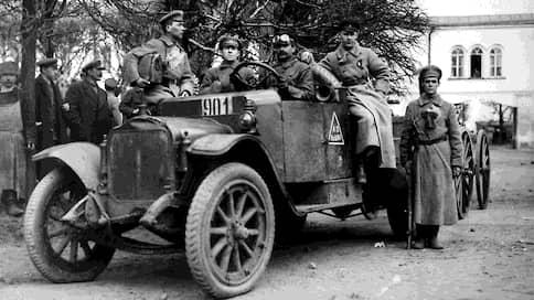 «На машины 1 автобоевого отряда не распространяются»  / Какие пункты правил дорожного движения законно игнорировали кремлевские водители
