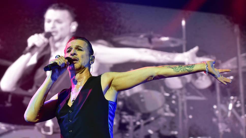 Вокалист группы Depeche Mode Дейв Ган