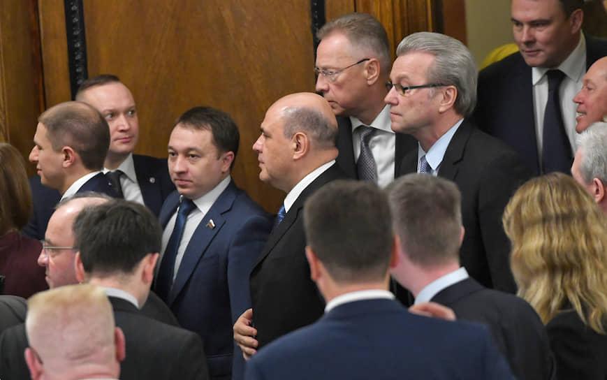 С 9 часов утра начались консультации Михаила Мишустина с парламентскими фракциями «Единая Россия» (на фото), ЛДПР, КПРФ и «Справедливая Россия»