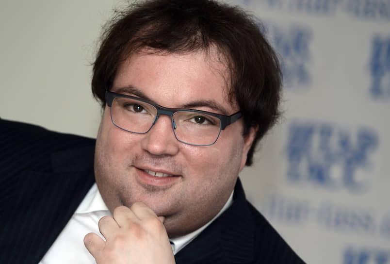Министр цифрового развития, связи и массовых коммуникаций — Максут Шадаев