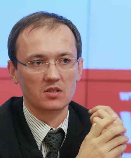 Вице-премьер — руководитель аппарата правительства — Дмитрий Григоренко