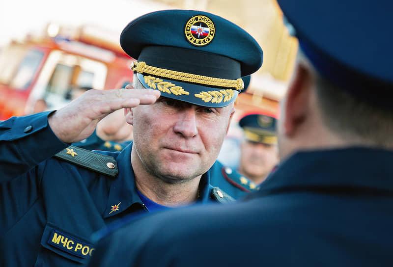 Министр по делам гражданской обороны, чрезвычайным ситуациям и ликвидации последствий стихийных бедствий — Евгений Зиничев
