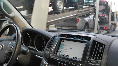 Автомобили буксуют в ГИБДД  / Что делать владельцам машин с проблемными документами