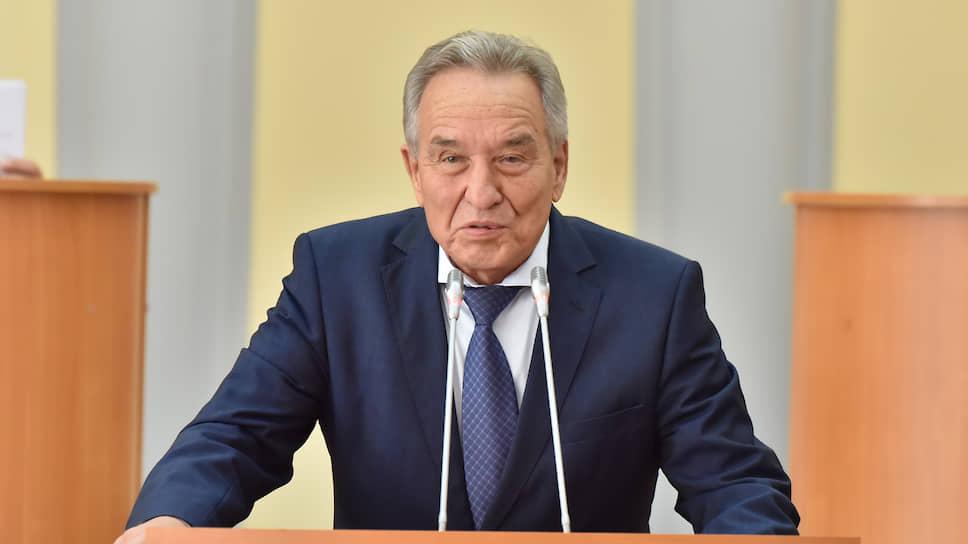 Председатель Верховного Совета Республики Хакасия Владимир Штыгашев