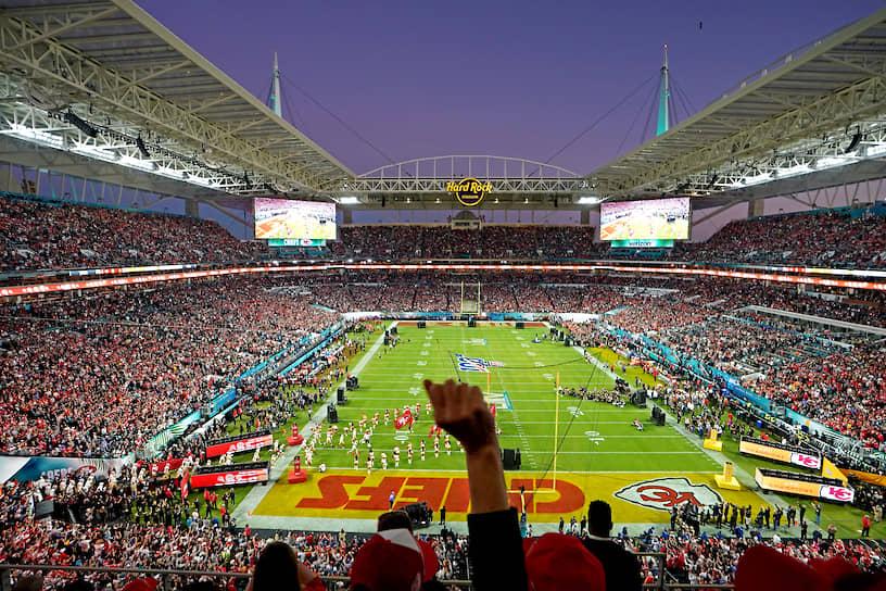 Стадион «Хард Рок-стэдиум» в Майами (штат Флорида), на котором прошла финальная игра чемпионата США по американскому футболу