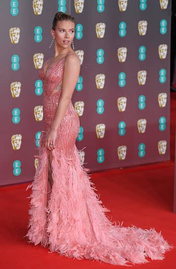 Скарлетт Йоханссон была номинирована сразу в двух категориях — «Лучшая актриса» за фильм «Брачная история» и «Лучшая актриса второго плана» за фильм «Кролик Джоджо»