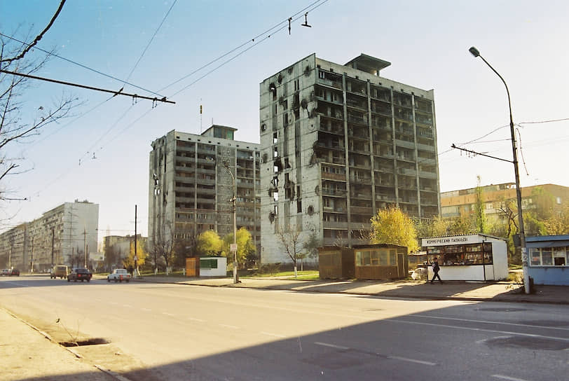 Жилые дома на улице Ленина, 1998 год