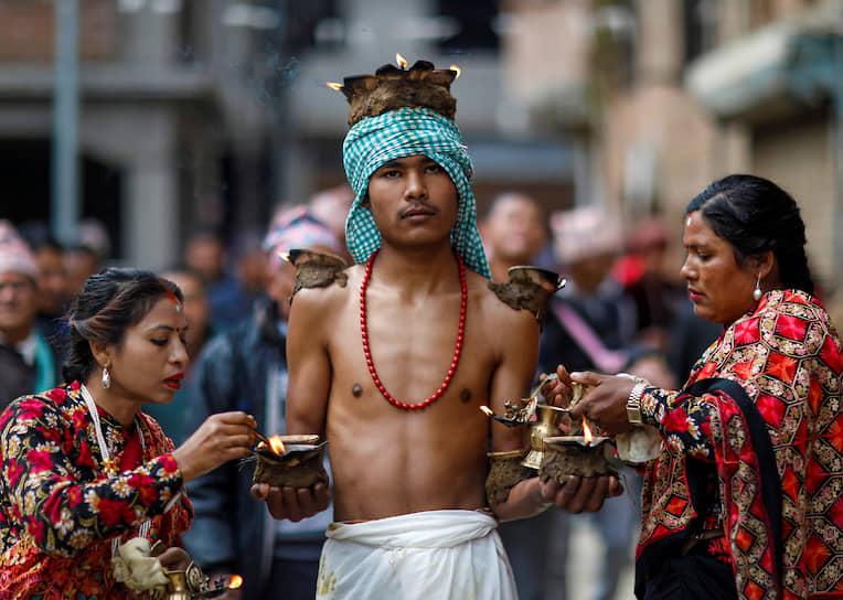 Лалитпур, Непал. Индуистский фестиваль Свастхани Брата Катха
