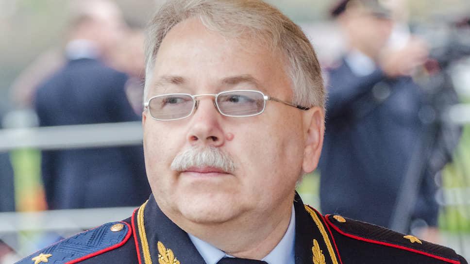 Генерал МВД Леонид Веденов