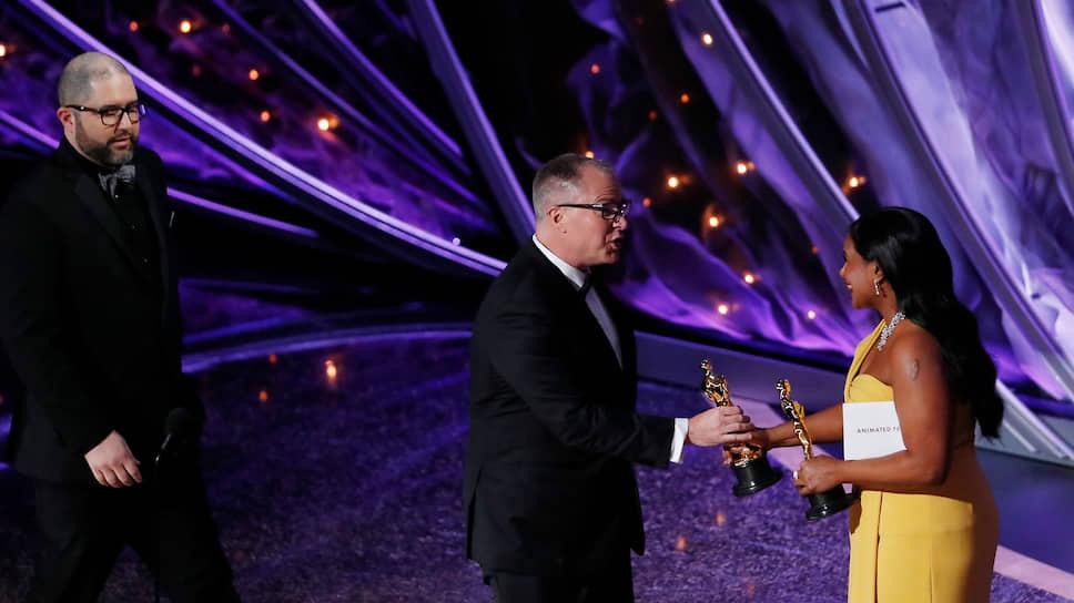 Аниматоры Джош Кули и Марк Нильсен получают «Оскар» в номинации «Лучший анимационный полнометражный фильм» за «Историю игрушек-4»