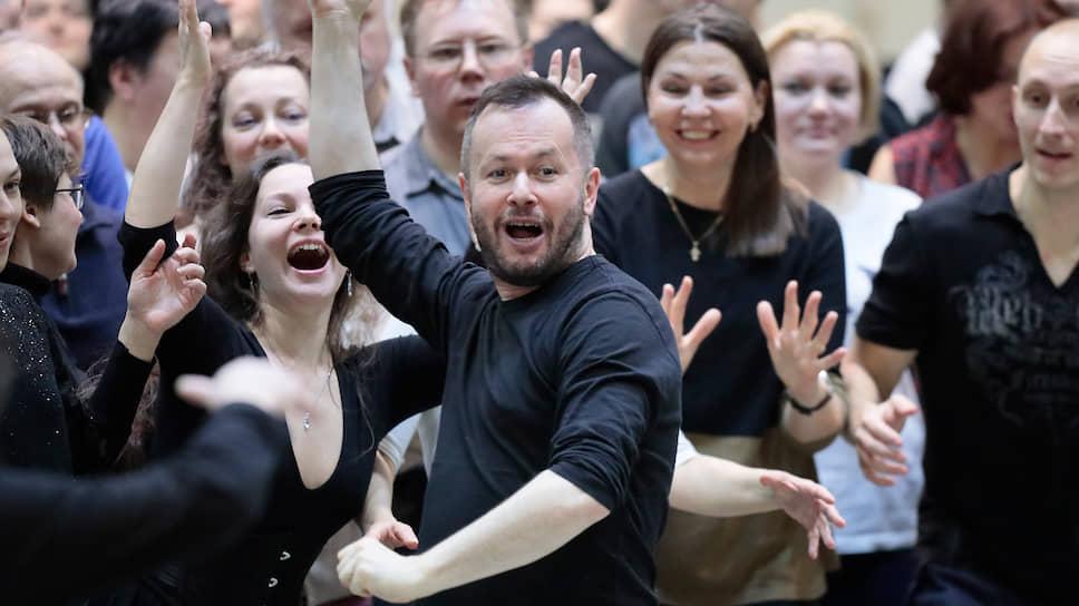 Дмитрий Черняков: «В нашем спектакле есть и современность, и, условно говоря, былинный мир»