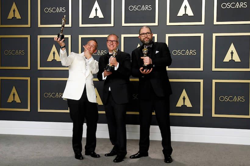 Создатели «Истории игрушек-4» Джонас Ривера, Марк Нильсен и Джош Кули, получившие «Оскар» в номинации «Лучший анимационный полнометражный фильм»