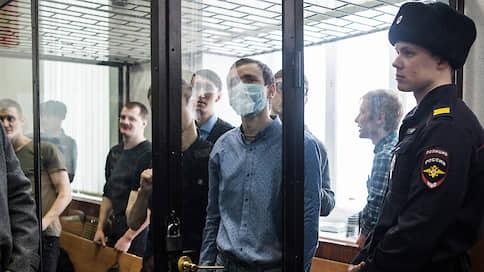 Семерых анархистов выдернули из «Сети»  / Вынесены приговоры фигурантам резонансного уголовного дела