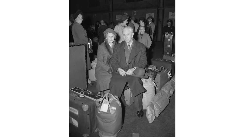Борис Хагелин с женой в 1949 году