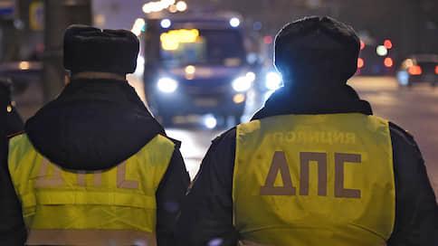 Дорожные штрафы никак не оцифруются  / Чиновники не хотят вводить механизм отмены штрафов на портале госуслуг