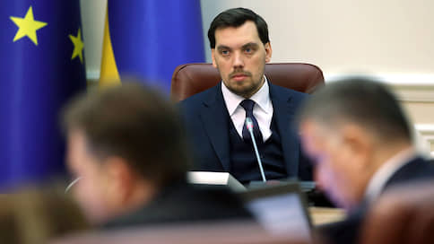 «Ни одно государство мира официально не признает попытку аннексии Крыма»  / Правительство Украины отчиталось о победах на всех фронтах
