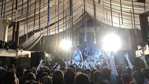 «Порнофильмы» показали в кафе  / Выступление панк-рок-группы в Ульяновске едва не сорвалось
