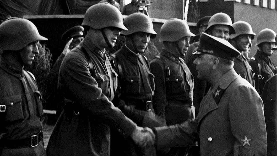 """""""С 1938 года народный комиссар обороны и Генеральный штаб сами занятий с высшим начсоставом и штабами не проводили"""""""