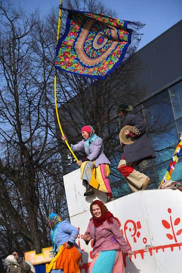 Гуляния на ВДНХ в Москве