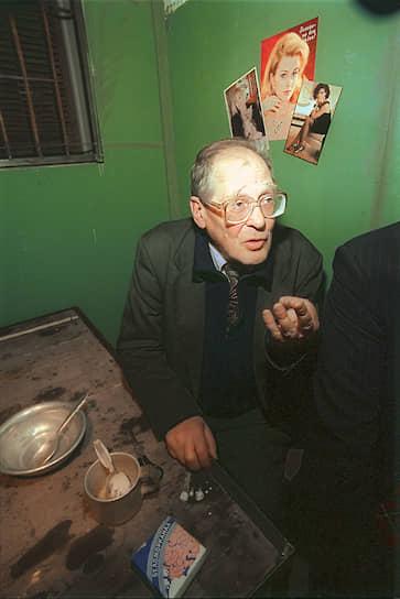 28 декабря 1974 года Ковалев был арестован по обвинению в «антисоветской агитации и пропаганде» (издание «Хроник», распространение книги Александра Солженицына «Архипелаг ГУЛаг»). Был приговорен к 7 годам заключения в колонии строгого режима и 3 годам ссылки. Отбывал срок в Пермских лагерях, Чистопольской тюрьме, ссылку — в Магаданской области. По отбытии срока в 1984-1987 годах жил в Калинине, работал сторожем