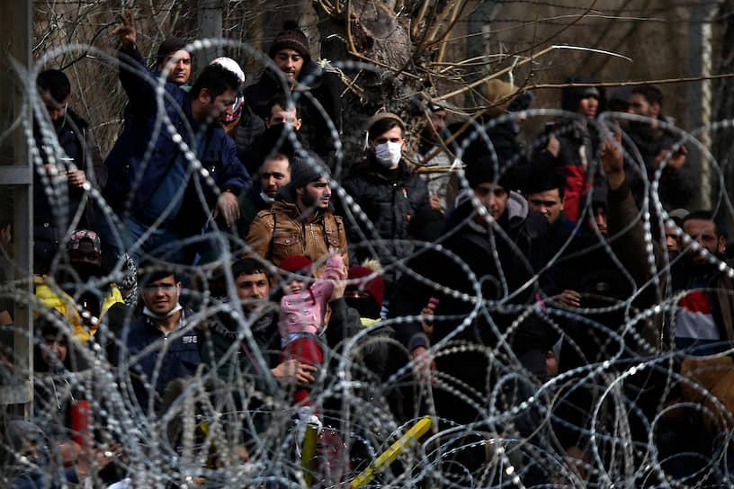Кастаниес, Греция. Мигранты на греко-турецкой границе