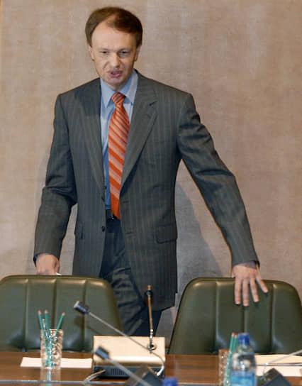<b>Михаил Сеславинский</b><br> В 1993-1998 годах — депутат Госдумы. В 1998 году перешел на государственную работу: стал руководителем Федеральной службы по телевидению и радиовещанию. Через год был назначен первым замминистра по делам печати, телерадиовещания и средств массовых коммуникаций. С 2004 года руководит Федеральным агентством по печати и массовым коммуникациям (Роспечать)