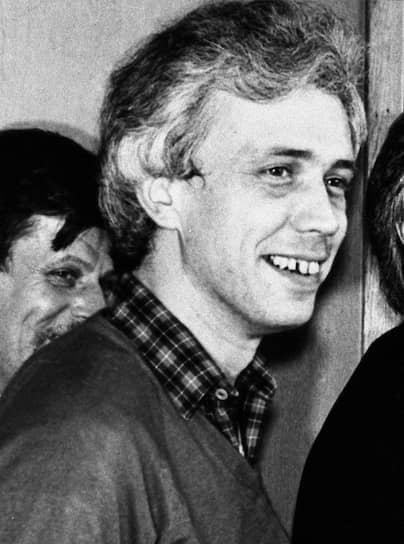 <b>Александр Политковский</b><br>   После 1993 года журналист продолжил заниматься профессиональной деятельностью. С 1995 года работал на телеканале «ТВ-6 Москва». Создал и возглавил компанию «Студия Политковского»