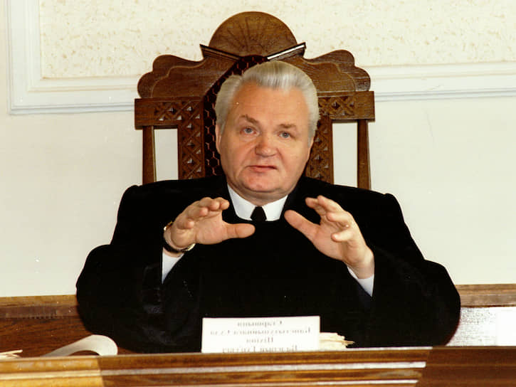 В декабре 1991 года в Верховном совете Белоруссии против Беловежских соглашений проголосовал только один депутат — Валерий Тихиня, впоследствии ставший председателем Конституционного суда республики. Правда, известно об этом стало с его слов, ведь поименного голосования по этому вопросу в республике не проводилось